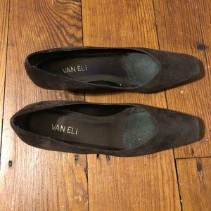 Dark brown Vaneli shoes